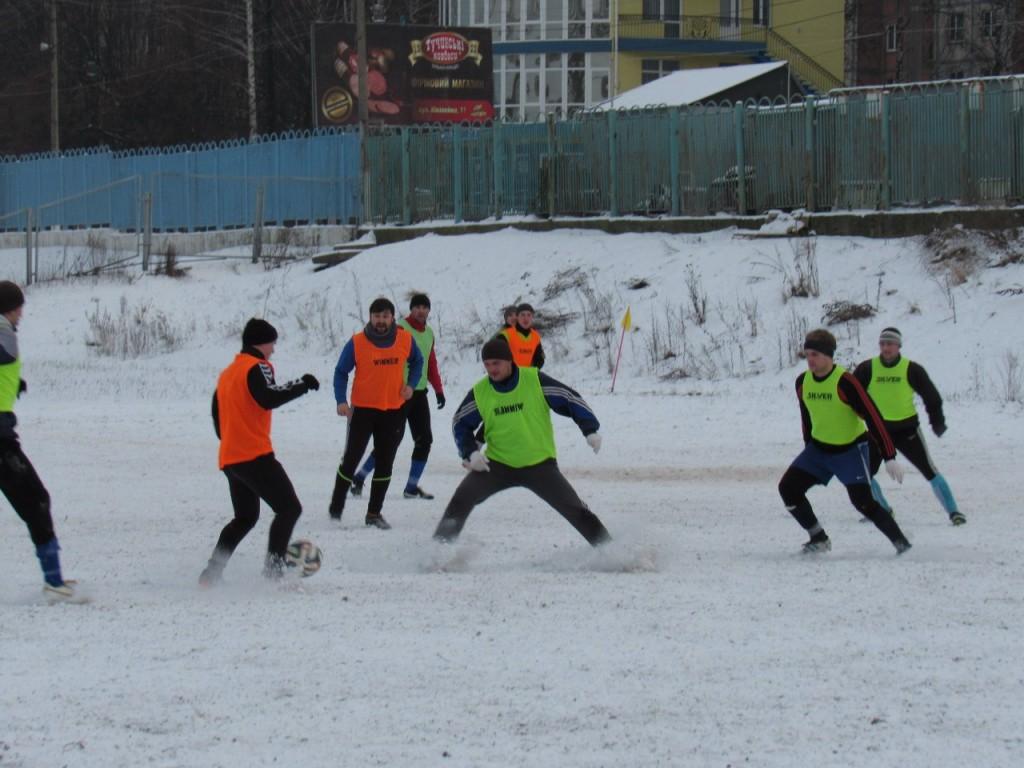 В зимовому чемпіонаті району змагатиметься 20 команд