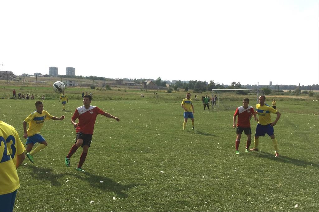 Кубок району хто зіграє у фіналі